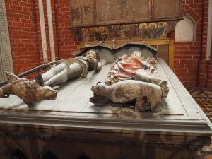 Grabtumba Albrecht III. und Gemahlin Richardis