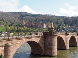 Alte Brücke m. Schloss