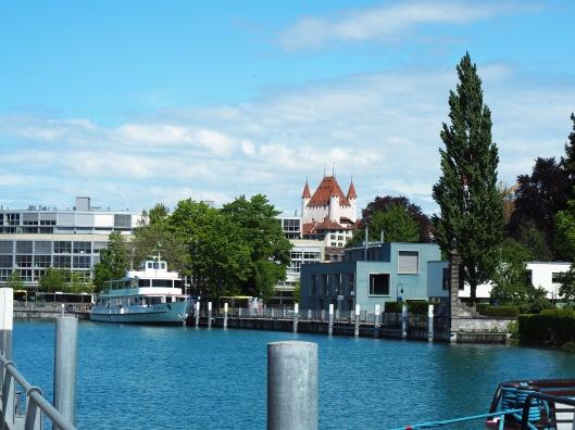 Das Schloss von der Seestraße aus