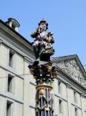 """Brunnenfigur """"Chindlifresser"""""""