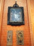Gemälde von A. van Dyck und gotische Grabplatten