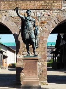 Bronzestatue des römischen Kaisers Antoninus Pius (138 bis 161 n.Chr.)