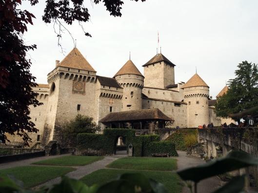 Schloss Chillon mit Zugangsbrücke