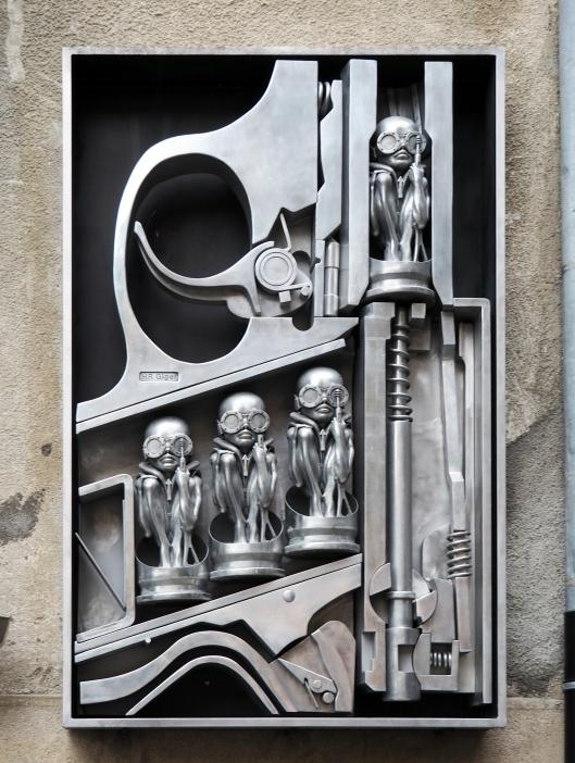 Birthmachine (voll geladene Walther Pistole)