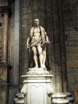 Statue des lebendig gehäuteten Hl. Bartholomäus (1562).