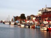 Hafen Richtung See