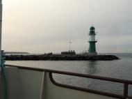 Der linke Leuchtturm Richtung See