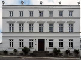 Fürstliche Apotheke um 1820 erbaut