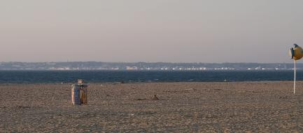 Der Strand ist verlassen