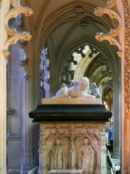 Detail des Ehrengrabmales