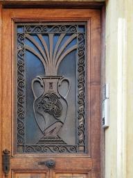 Türbild in der rue du Château